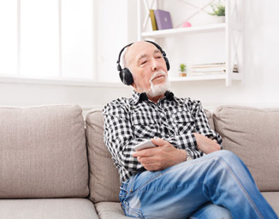 How Music is Beneficial for Seniors Who Have Alzheimer's in Huntington, WV